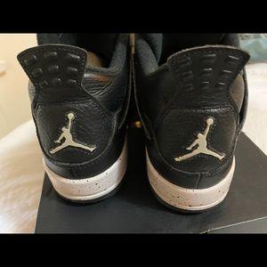 Air Jordans 4 Retro Oreo
